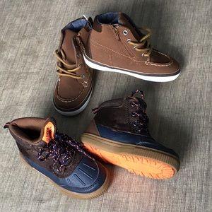 Boy's boots lot - 2 pairs - size 9 - GAP OshKosh